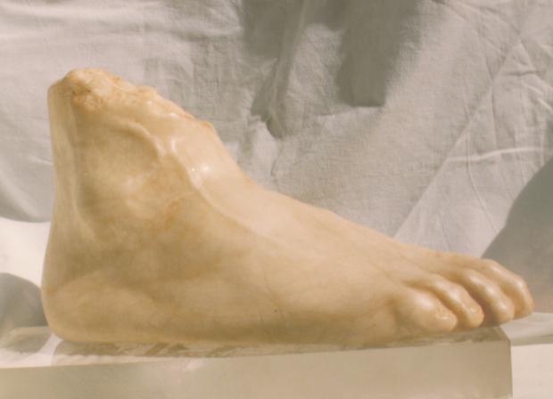 Escultura pie de marmol